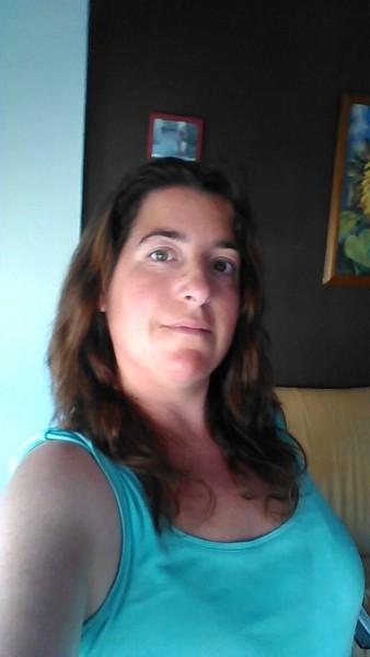 Mujer busca hombre en esparragosa de la serena